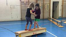 1./2. - kooperieren - kastenelement - surfen - 2 kinder