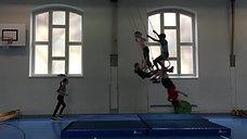 5./6. - schwingen - trapez - zwei kinder