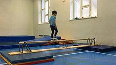 kindergarten - balancieren - matten/bank erhöht - gehen vw