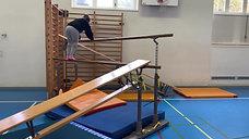 kindergarten - koerperspannung - bank/barren/sprossenwand - klettern