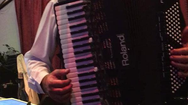 Cuban Pete / Perfidia -  Medley