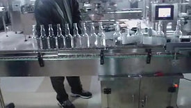LA-300 Labeling Round Bottles