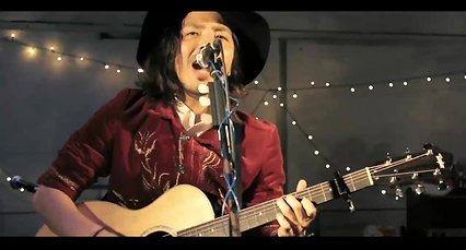 """2020年12月19日(土) 19:30~ ON AIR   """"よこスクロールズ 2nd 配信 LIVE[よこすクリスマス!!]"""