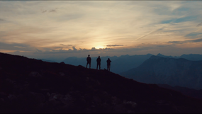 MOUNTAINS ARE CALLING - LIFESTYLE