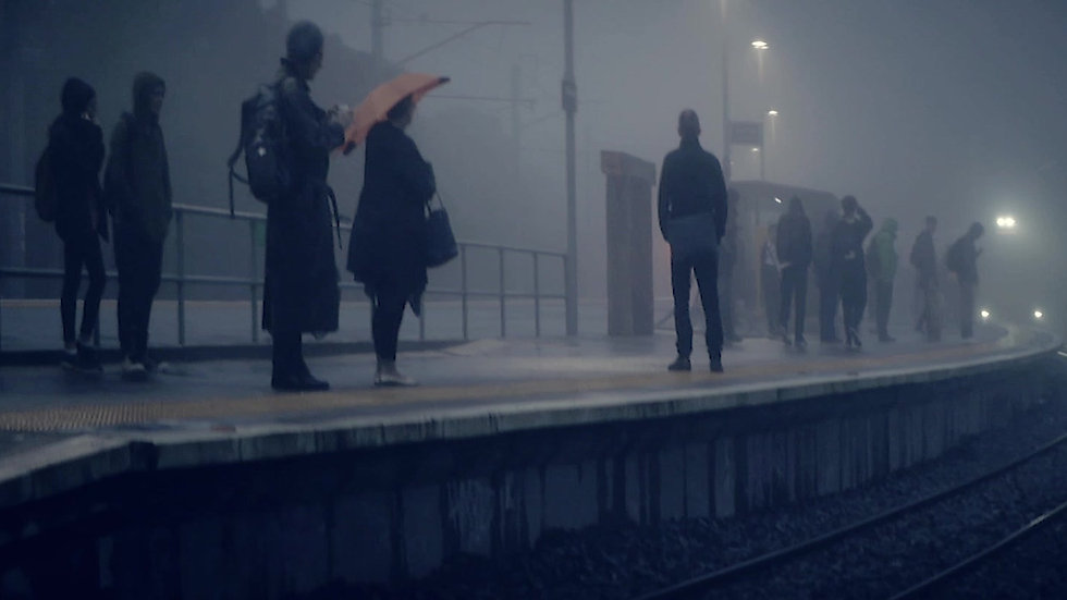 SHORT FILM - Train coming