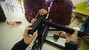 Hoy en el taller de robótica, nuestr@s alumn@s de 1 y 2 ESO, han empezado el montaje de la 3dprinter @creality ender3. Cómo no voy a estar orgulloso