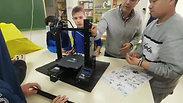 Ya tenemos terminada la estructura de nuestra @Creality3dprint Ender 3. La semana que viene empezamos con la electrónica. 3Dprinting robotica educ