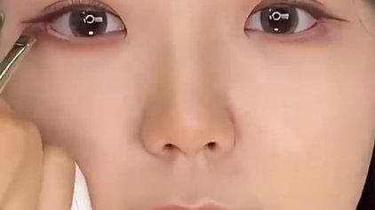 【撒嬌眼神化妝術】#jennyhouse老師 教妳如何畫出溫柔瞇眼妝