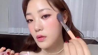 【用眼影刷出可愛自然腮紅】#jennyhouse美妝師眼影 給妳漂亮健康好氣色!