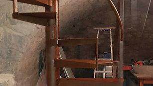 Escalier métallique tournant