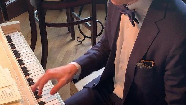 Daniel Rottenberg at Tails Piano Bar