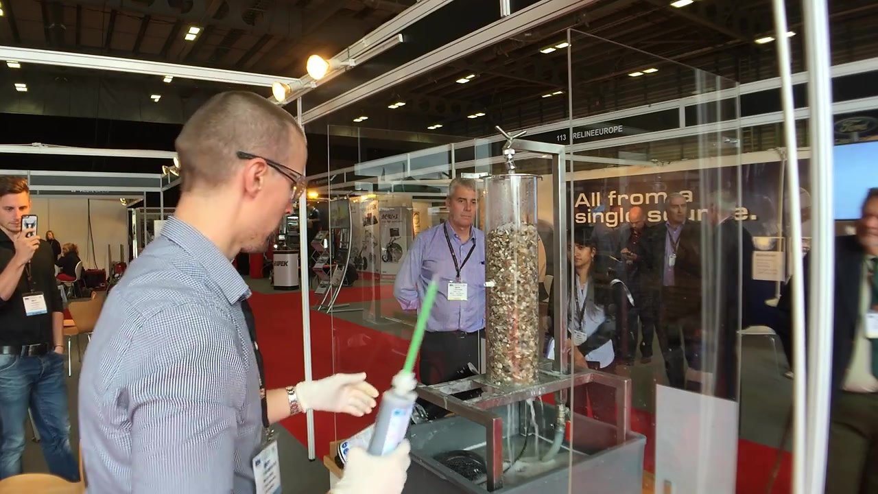 Live MC Chemicals Fastpack resin injection demo, No-Dig 2016
