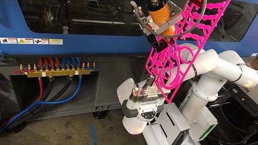 Cobots for Plastics Injection Molding, Maruka USA