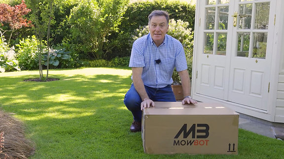 Unboxing Your New Cobra Mowbot
