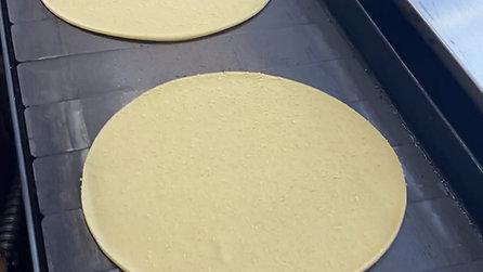 tortilla fresca de 20 cm. maíz amarillo
