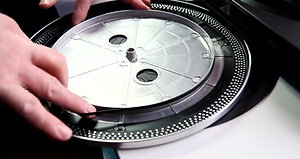 Changing a Turntable Drive Belt