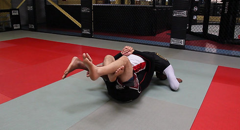 Kneebar from halfguard