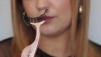 Passionate about make up @ailishbeautyaddict