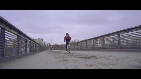 HOLD - Kerstin Bonas (Musicvideo)
