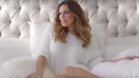 Kelly Brook For Sketchers