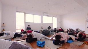 Yin & Nidra Yoga meets Hang