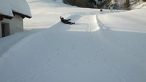 19 02 14 Roulade dans la neige