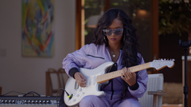 "H.E.R. ""How The Strat Inspires Her Sound"""