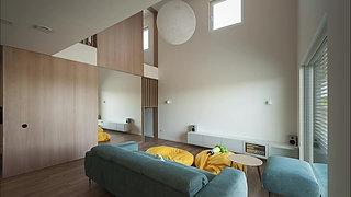 Interior-W