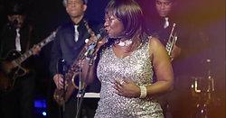 Yvette Kokoa witth the EZ Soul Band