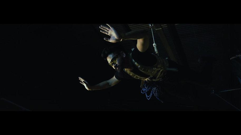 R . I . D . E . R . - Interrogation Scene