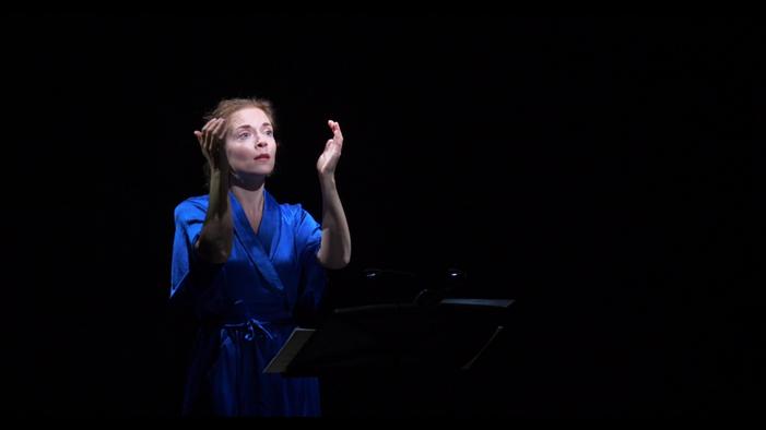 Revue Blanche plays Van Parys