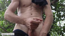 Conhecendo a floresta do sexo com o amigo Garoto Lucas