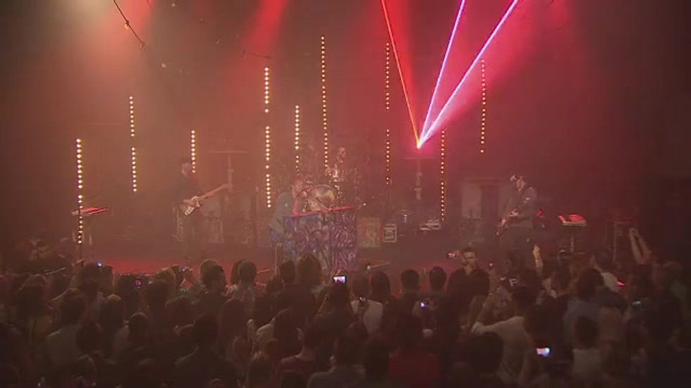 Coldplay 'Clocks' Live at Trackdown