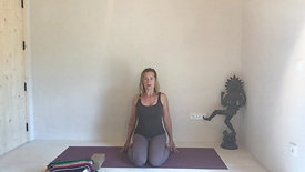 Shoulders explained in virasana