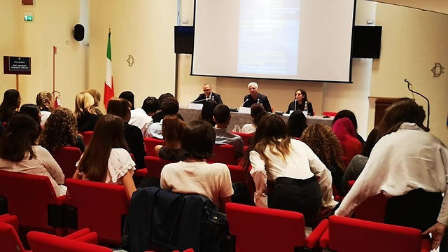 Conferenza alla Camera con on. Massimiliano Capitanio e dr.ssa Viviana Costantini