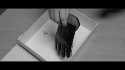 The Glove - 12 min