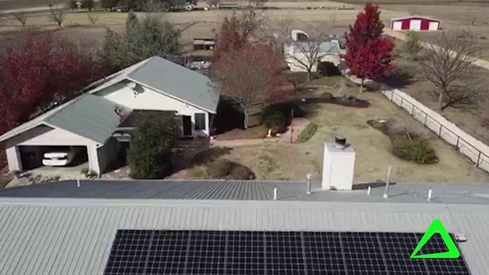 Texas Farm House goes Solar