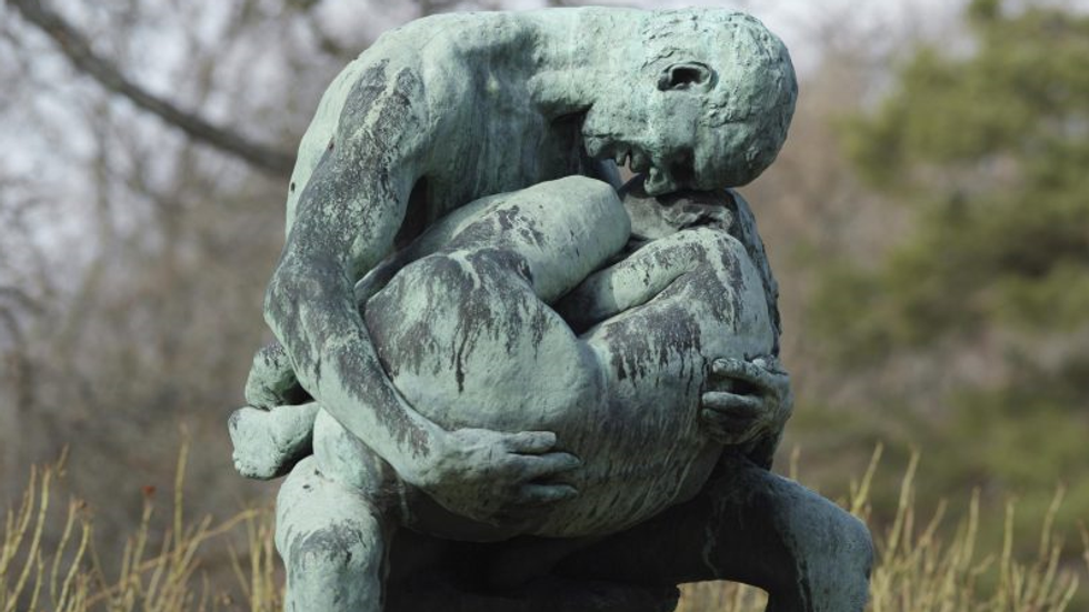 Holding onto Grief: Addressing Resistance to Change in Bereavement