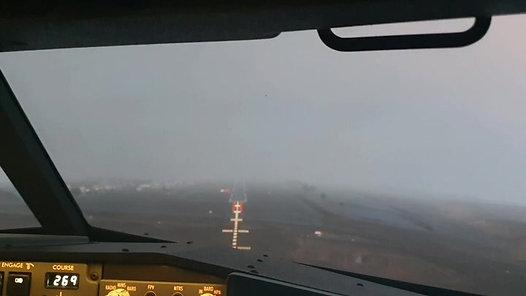 Landing the Boeing 737