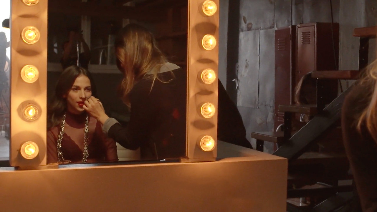 Paty Cantú - Rompo Contigo (Lyric Video)
