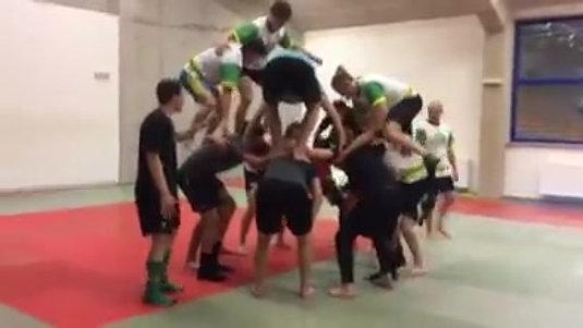 Hráči se u nás také učí týmové spolupráci