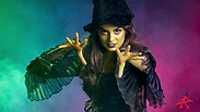 Introducing Elphaba (evening shows)