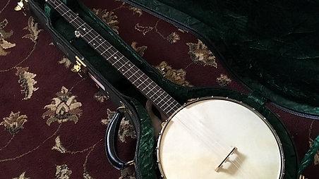 A Mac Traynham Banjo