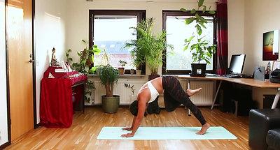 CORE Yoga cơ bản bài 3: Vặn Xoắn