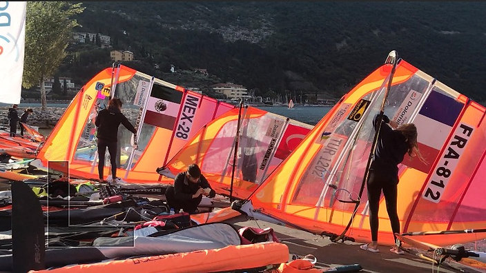 Women's Fleet Prepares Early Morning on Day One of 2019 RSX Worlds