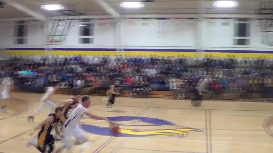 Caden Getz Slams it Home on Senior Night