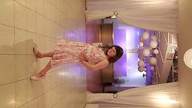 Vivian pose video