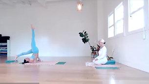 Kundalini Yoga 35min with Daria Chadaj