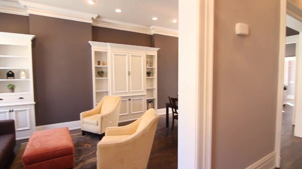 Take a tour of 1419 Race Street
