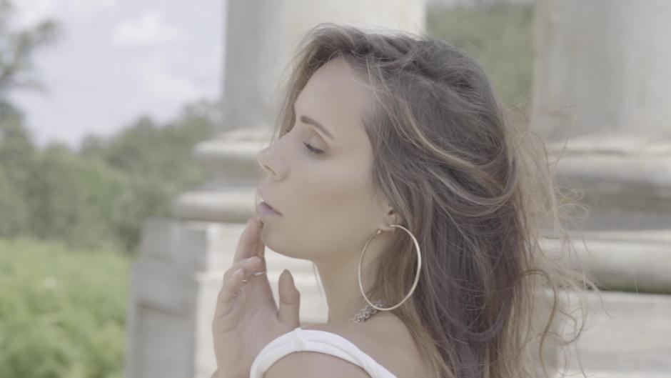 Mia Laren Official Videos